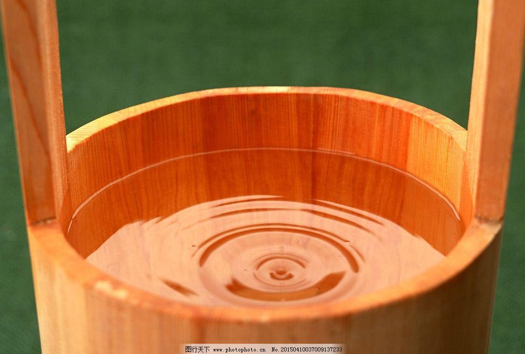 木桶 桶 水 水波 一桶水