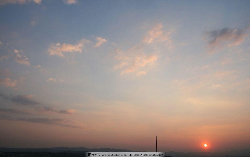 黄昏天空图片