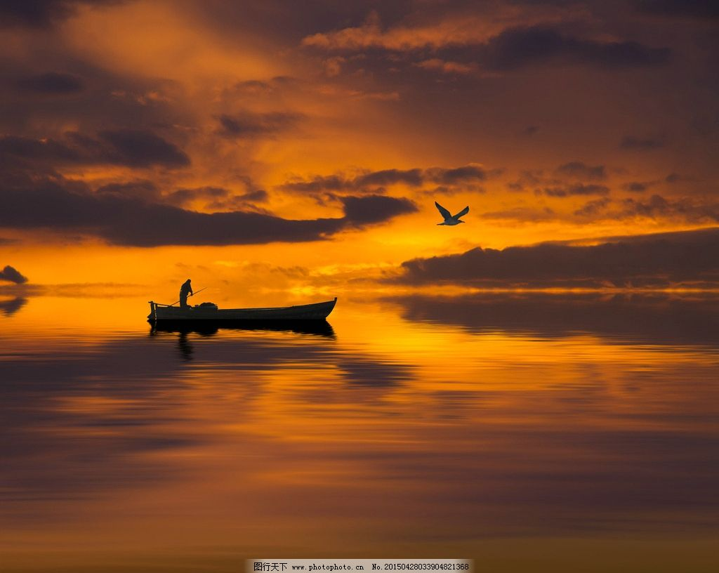 唯美 风景 风光 旅行 自然 秦皇岛 大海 海 海面 小船 渔船 夕阳 落日