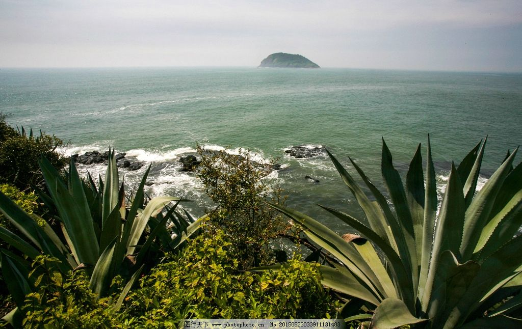 火山岛 福建 漳州 海水 蓝天白云 地质公园 自然景区 生态风景区 休闲