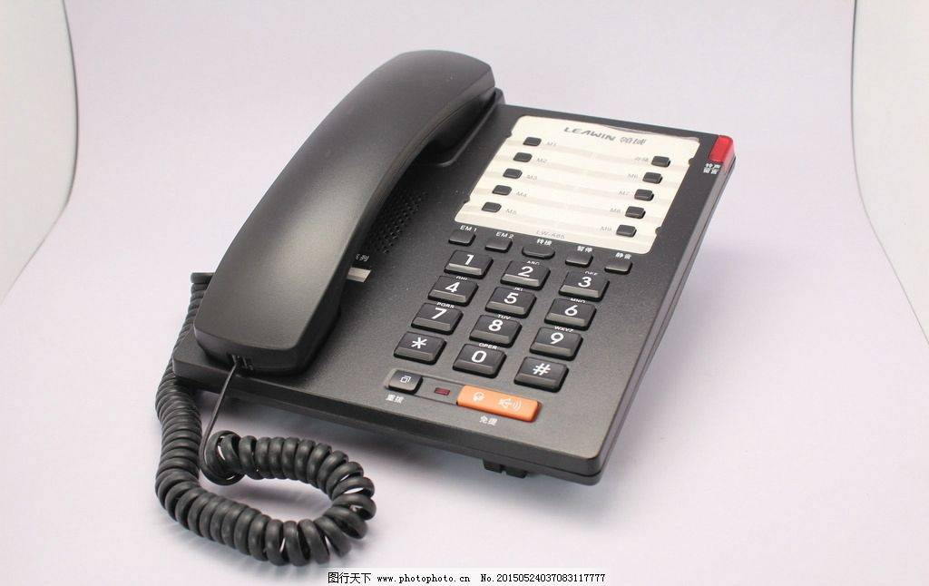 电话机 办公物品 办公桌 电话 座机 工作 摄影 现代科技 生活素材