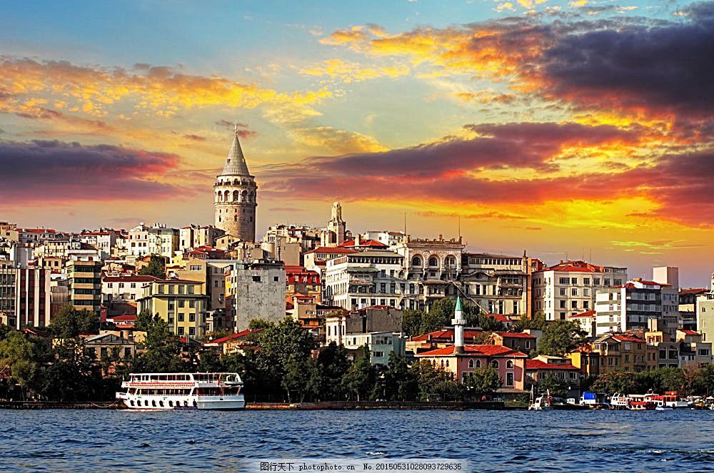 海边的城市小镇 黄昏 云彩 建筑 城市风光 环境家居 图片素材